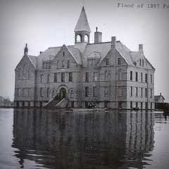 Fargo building during the 1897 Red River flood