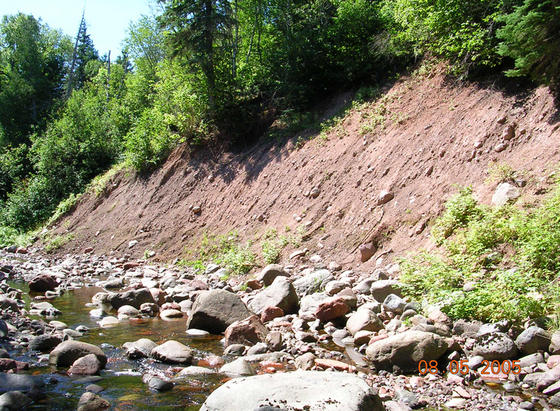 <strong>Glacial till</strong><br />Forces of nature move rocks around. A retreating glacier deposited this pile of rocks and dirt, or till, at the end of the last Ice Age. Today, Heartbreak Creek erodes the pile, washing out the stones.