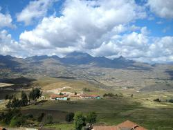 The Andes: Just in case you didn't know what they look like. Kinda gorgeous, eh?