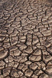 Bone dry: Significant sections of the country are facing drought just weeks after the major weather stories were about heavy rains and flooding. What's going on?