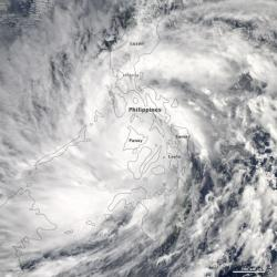 Super Typhoon Haiyan engulfing the Philippines: The super storm has reported sustained winds of 195 mph and gusts up to 225 mph!