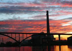 High Bridge power plant smokestack: Things are gonna be different around here...