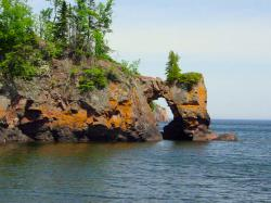 The Tettegouche arch before its collapse