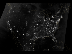 Lighting the Paths Across the U.S.: The Visible Infrared Imaging Radiometer Suite (VIIRS) on the Suomi NPP (National Polar-orbiting Partnership) satellite acquired two nighttime images early on Oct. 1, 2013, for this natural-light, mosaic view of the continental United States.