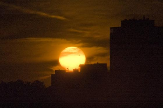 One final look: Venus was still in transit as the sun disappeared below the horizon.
