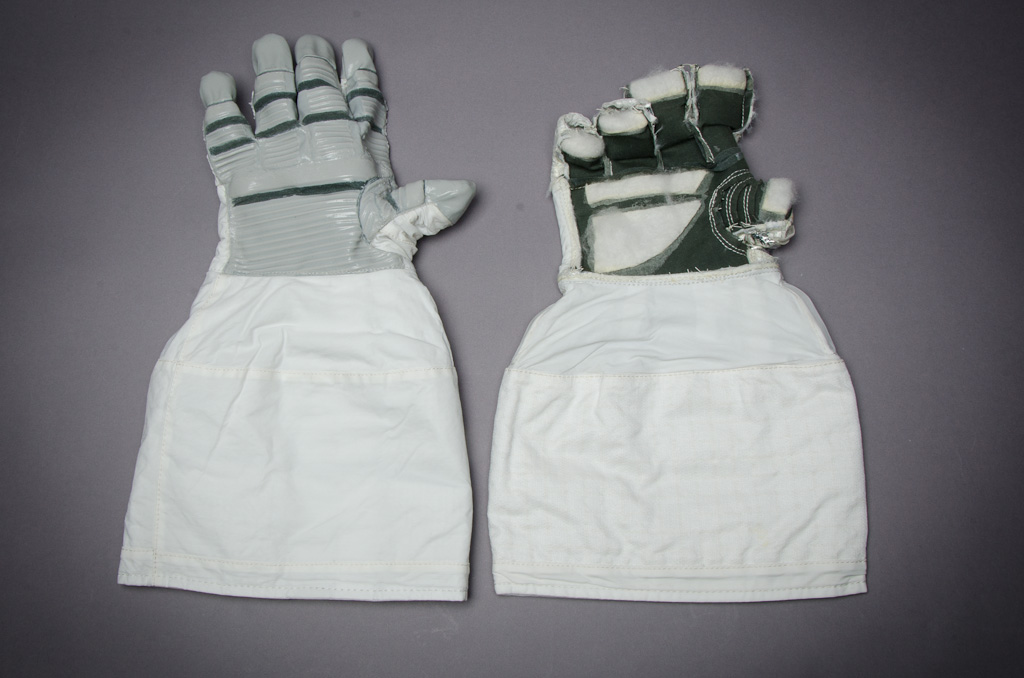space suit glove hardware - photo #34